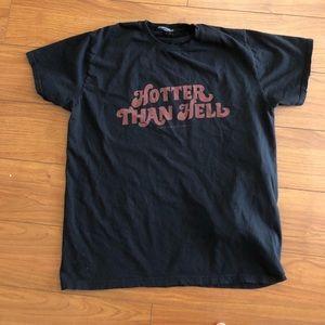 """Brandy Melville """"hotter than hell"""" T-shirt"""